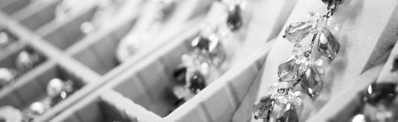 Tendencias de joyería en 2021: qué joyas vamos a llevar. Vista HTMLNota